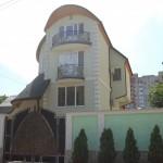 Casa familiei lui Dodon situată pe strada A. Xenopol din sectorul Buiucani al capitalei