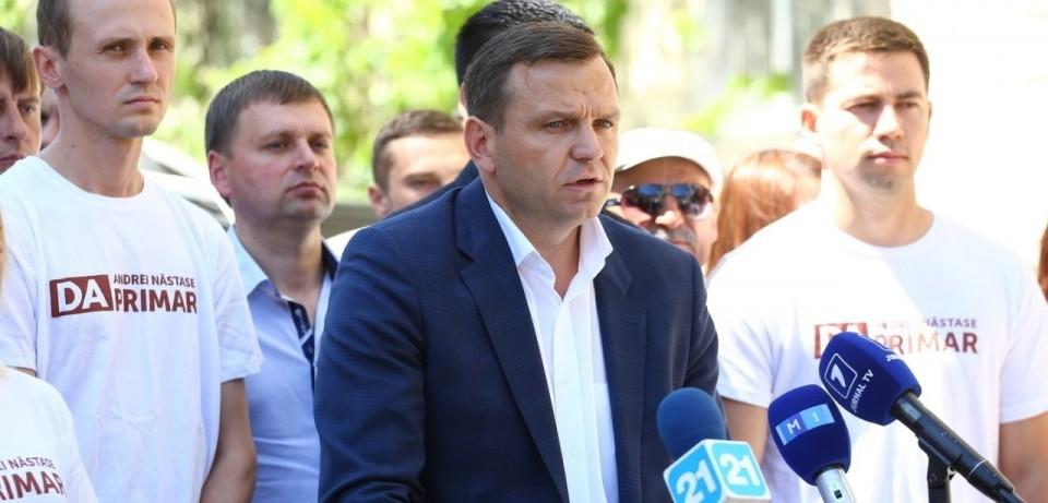 Încălcând legea, Năstase a devenit erou național, platforma da,, alegeri 3 iunie chisinau